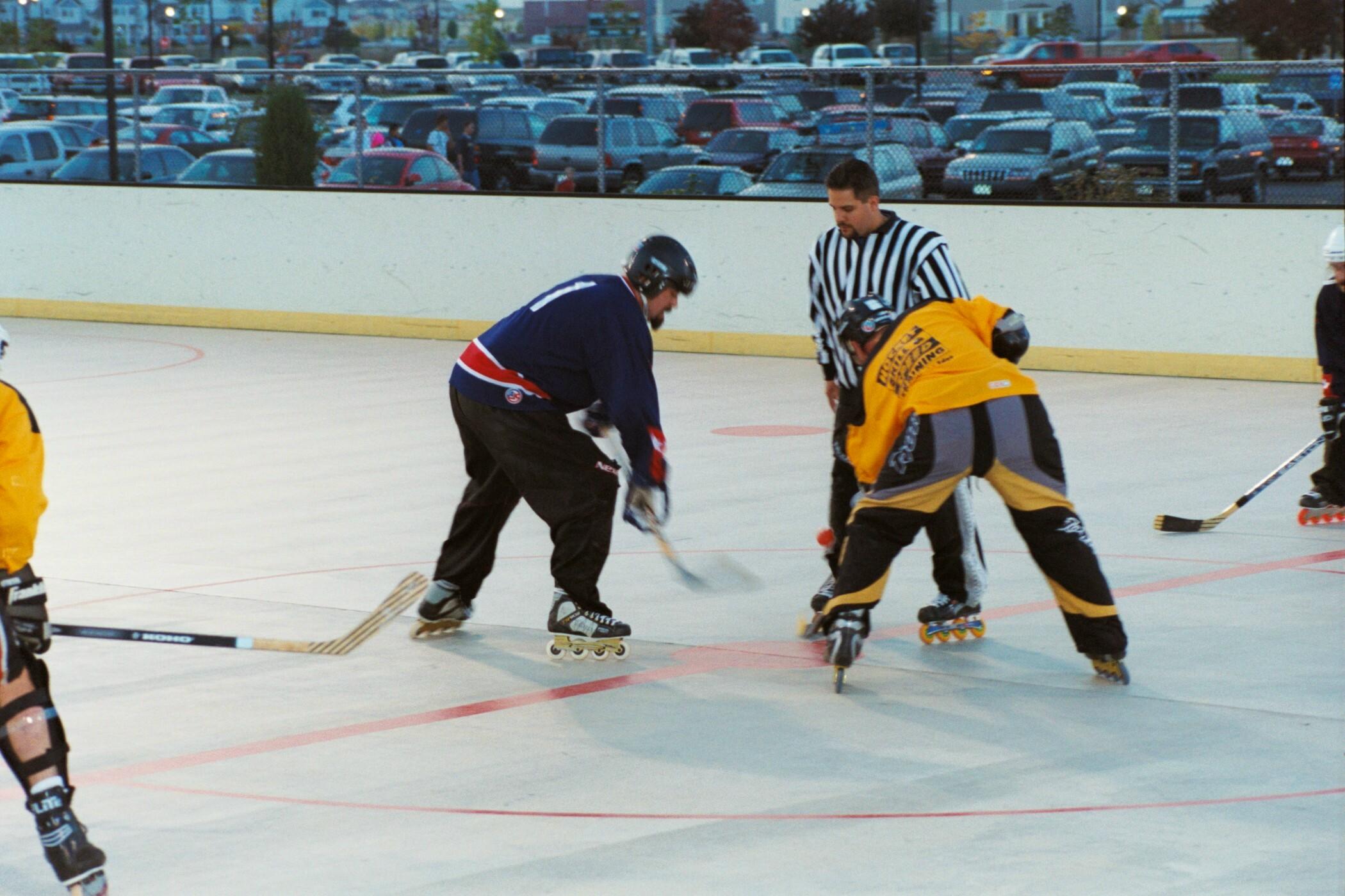 adult roller hockey league